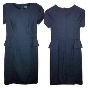 2/$25 Mossimo Stretch fitted dress. Size XS